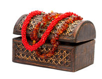 Drewniany pudełko z koralikami Zdjęcie Royalty Free