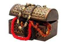 Drewniany pudełko z koralikami Zdjęcia Stock