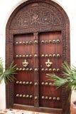 drewniany rzeźbiący drzwiowy stonetown Fotografia Royalty Free