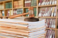 Drewniany sędziego młot Sprawiedliwość i prawa pojęcie Zdjęcie Royalty Free
