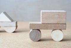 Drewniany samochód Drewniany projektant zabawkarski drewniany Obrazy Royalty Free