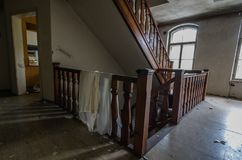 drewniany schody w papierowym młynie zdjęcia stock