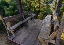 Drewniany siedzenie w dolinie Zdjęcie Royalty Free