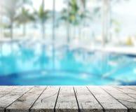 Drewniany Stołowego wierzchołka tło 3d i basen odpłacamy się Obrazy Royalty Free