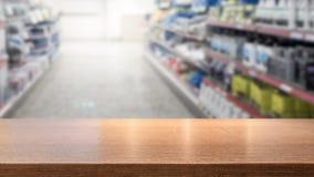 Drewniany stołowy wierzchołek dla produktu pokazu montażu zdjęcie stock