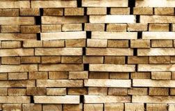 Drewniany szalunku materiału budowlanego tło i tekstura sterta Zdjęcie Stock