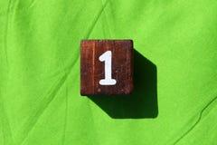 Drewniany sześcian z numerowy jeden Zdjęcie Royalty Free
