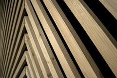 Drewniany tło naprzemianległy z czernią i przekątną fotografia royalty free