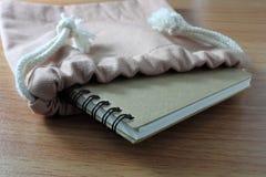 Nutowej książki papier Obrazy Stock