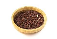 Drewniany talerz z piec arachidami Obrazy Stock
