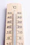 Drewniany termometr fotografia stock