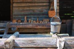 Drewniany wiadro well Fotografia Royalty Free