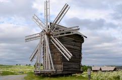 Drewniany wiatraczek na Kizhi wyspie Karelia Rosja obraz stock