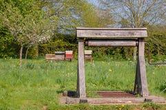 Drewniany wodny well zdjęcia royalty free