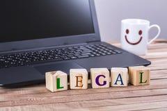 Drewnianych sześcianów legalny słowo Obrazy Stock