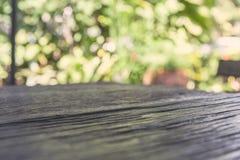 Drewno deski stół w przodzie Zdjęcie Stock