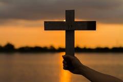 Drewno krzy? lub religia symbolu kszta?t zdjęcie royalty free