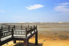 Drewno mosta plaża Fotografia Royalty Free
