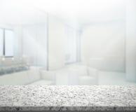 Drewno stół plamy tło w biurze Zdjęcia Royalty Free