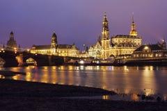 Drezdeńska architektura przez Elbe rzekę Fotografia Royalty Free