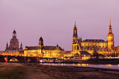 Drezdeńska architektura przez Elbe rzekę Drezdeński, Saxony, Niemcy Obrazy Stock
