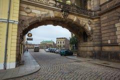 22 01 2018 Drezdeński; Niemcy - koszt stały wysklepiający most budujący w th Fotografia Royalty Free