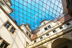 Drezdeński, Niemcy, Sierpień - 4, 2017: Zwinger - opóźniony Niemiecki barok, zakładający w wczesnym xviii wiek kompleks cztery ws Zdjęcie Royalty Free