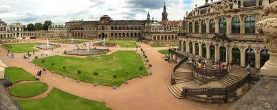 Drezdeński, Niemcy, Sierpień - 4, 2017: Zwinger - opóźniony Niemiecki barok, zakładający w wczesnym xviii wiek kompleks cztery ws Fotografia Stock