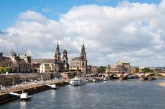 Drezdeński z naprzeciw Elbe rzeki obraz stock
