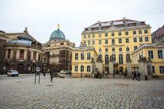 22 01 2018 Drezdeński, Niemcy - colourful budynki przy Neumarkt sq Obrazy Stock