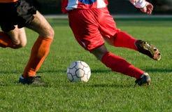 Dribble bij voetbalsport Royalty-vrije Stock Afbeeldingen