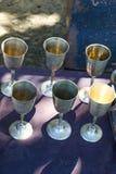 Dricka exponeringsglas som göras av metall Fotografering för Bildbyråer