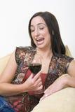 dricka för brunett Royaltyfri Foto