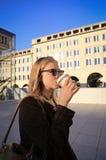 dricka flicka för kaffe royaltyfri foto