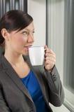 dricka kvinna för affärskaffe Fotografering för Bildbyråer