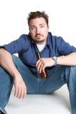 dricka man för öl fotografering för bildbyråer