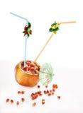 dricka ny saftig rørpomegranate Royaltyfri Bild