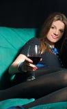 dricka winekvinnabarn Arkivfoto