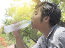 1 dricksvatten Royaltyfria Foton