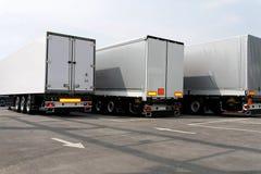 Drie aanhangwagens Royalty-vrije Stock Afbeeldingen
