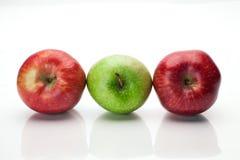 Drie appelen op wit Stock Fotografie