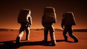 Drie astronauten in spacesuits lopen vol vertrouwen op Mars op zoek naar het leven vector illustratie