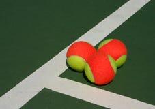 Drie ballen in een hoek Royalty-vrije Stock Foto