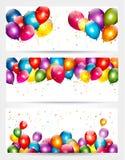 Drie banners van de vakantieverjaardag met ballons