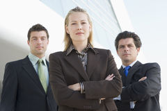 Drie BedrijfsMensen buiten Bureau Royalty-vrije Stock Foto