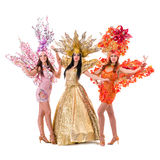 Drie Carnaval-dansersvrouwen die dansen tegen Royalty-vrije Stock Afbeelding