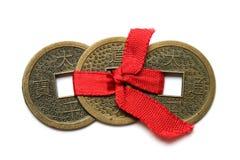 Drie Chinese muntstukken - symbool van rijkdom Stock Afbeeldingen
