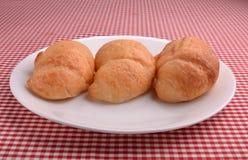 Drie Croissants in een lijn. Stock Afbeeldingen