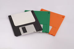 Drie diskettes op witte achtergrond stock fotografie