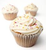 Drie Eigengemaakte Cupcakes Stock Foto's